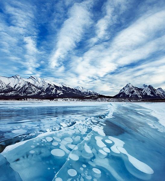 Abraham Lake, il lago con le bolle di ghiaccio