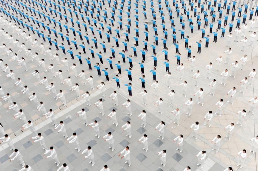 Cina: l'arte della folla