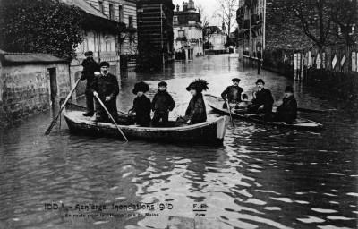 Le foto della grande alluvione di Parigi, nel 1910