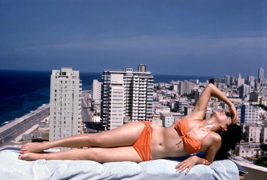 70 anni di bikini in foto
