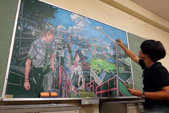 Questo-professore-giapponese-riproduce-perfettamente-i-capolavori-della-pittura-sulla-lavagna-per-i-suoi-studenti-4-680x456