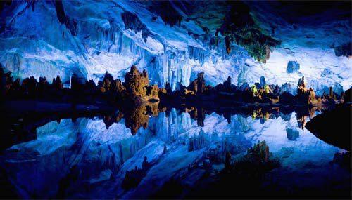 Naica, la grotta messicana con i cristalli giganti
