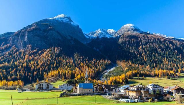 Bergün, il borgo svizzero dove è vietato fare foto