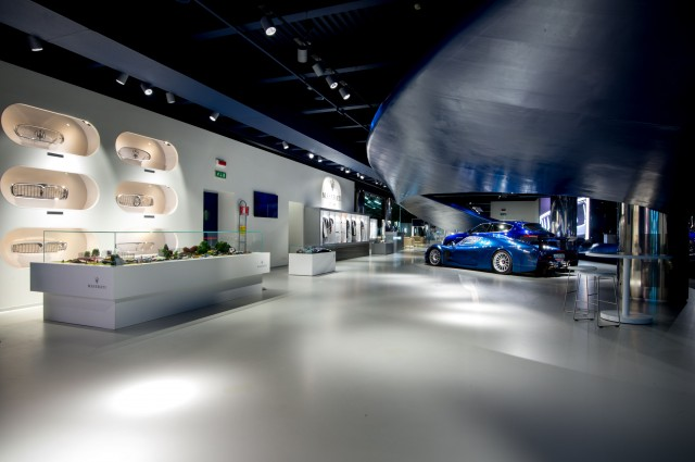 "Maserati ""Showroom Tour"""